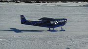 Alaskan STOL CH 701 on skis