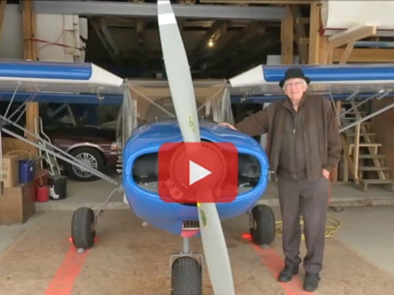 85 year old builds and flies his own airplane