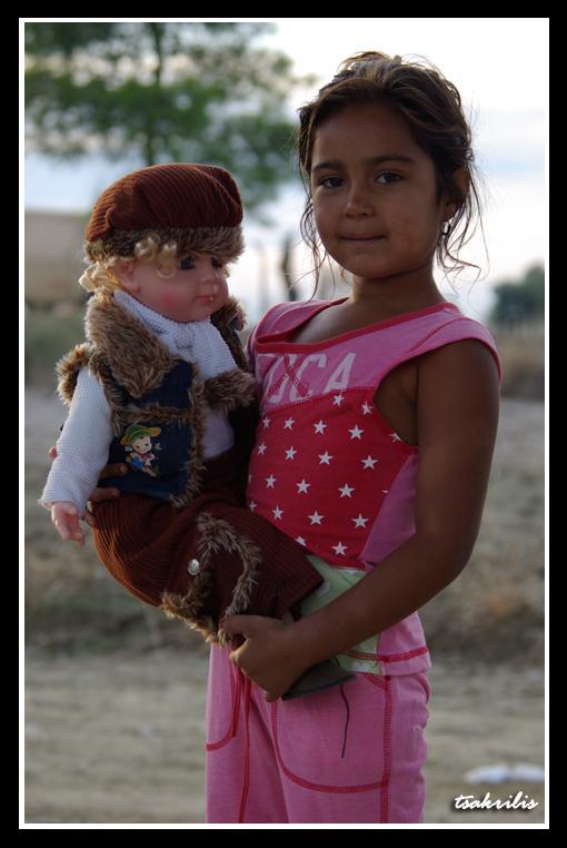 Δυο κούκλες...