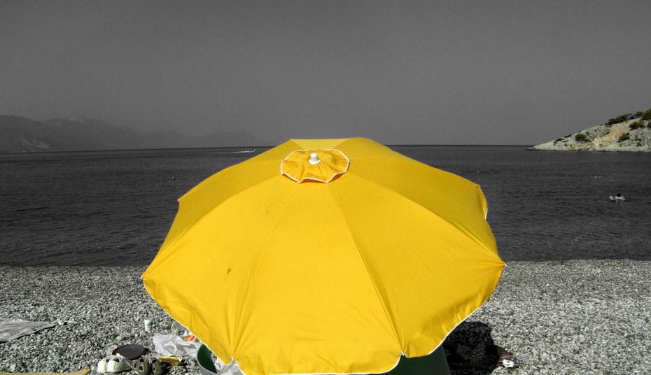 yellow sun umbrella!