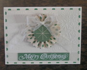 Fan-Fold Christmas Wreath