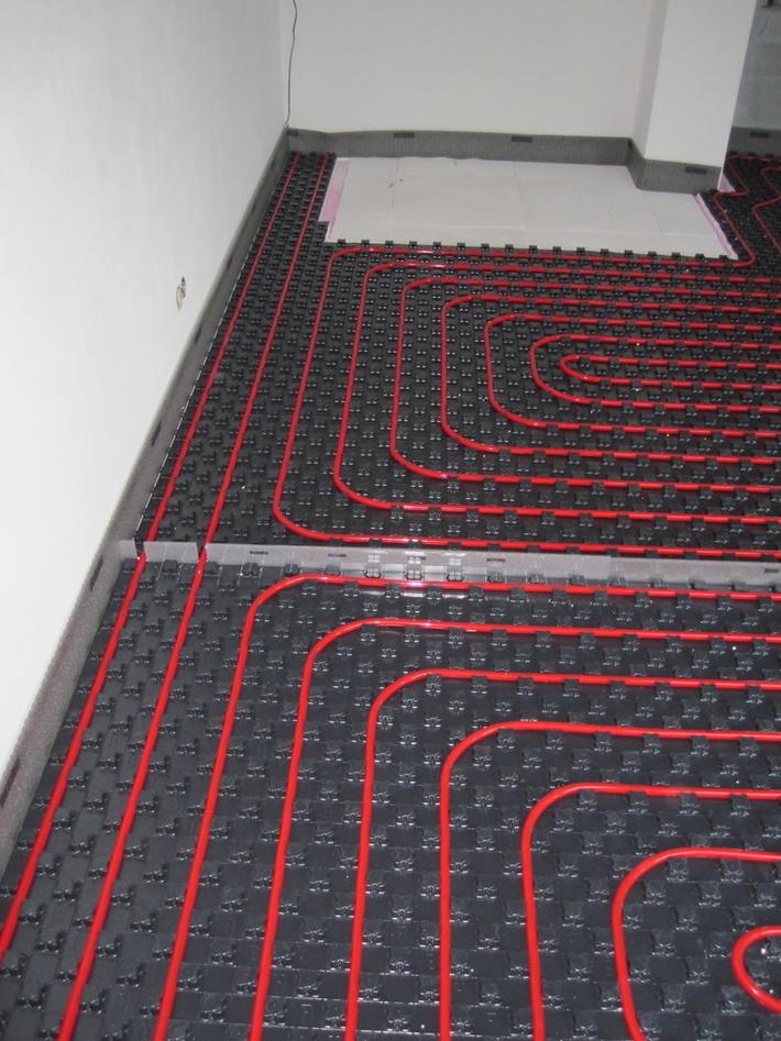 Podlahové kúrenie rehau