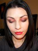 Soft Brown and Peach Valentine Makeup