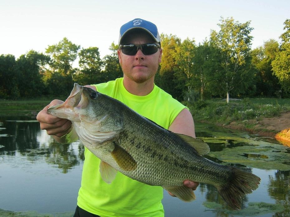 22'' Largemouth Bass (6-13-13)