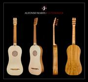 4-course Renaissance guitar. 54cm string length