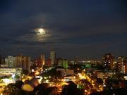 Esta es la luna de mi ciudad.