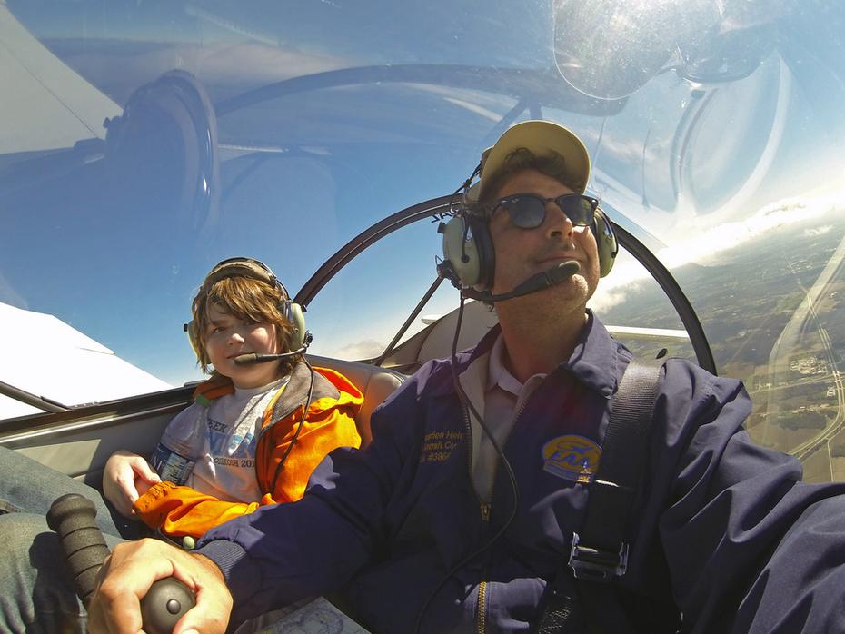 Flight in the Zenith CH 650