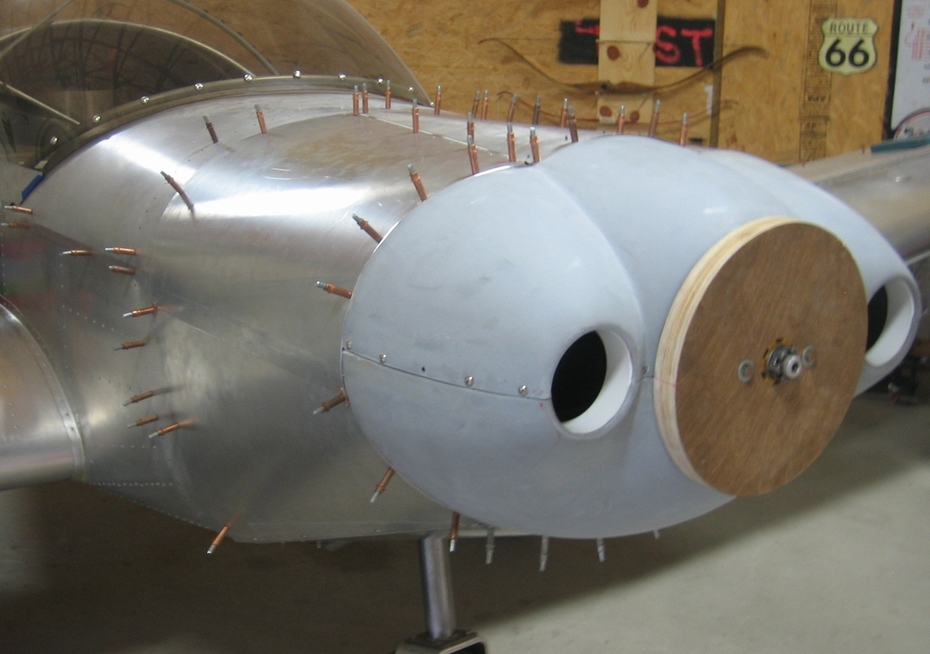Nose bowl with cowling in place