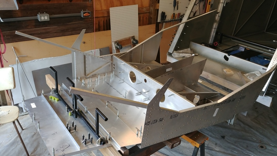 CH750 Front and Rear Fuselage joining and part fitting angle view