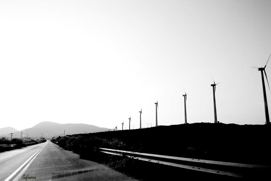 Ατέλειωτοι δρόμοι...ανεμοδαρμέρνοι....