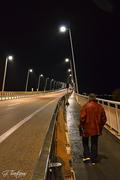Ρίο. Με ψιλόβροχο στη γέφυρα.
