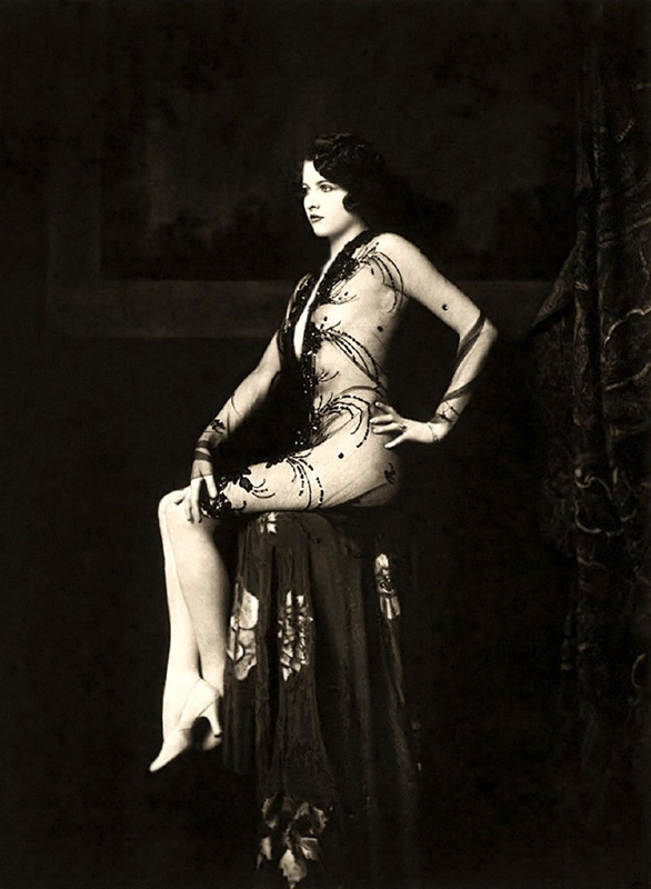 Ziegfeld Follies Girls (1920)