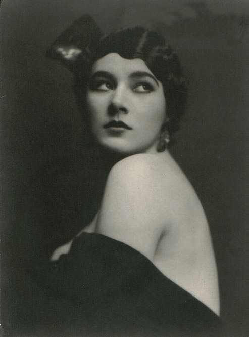 Monroe - Nita Naldi