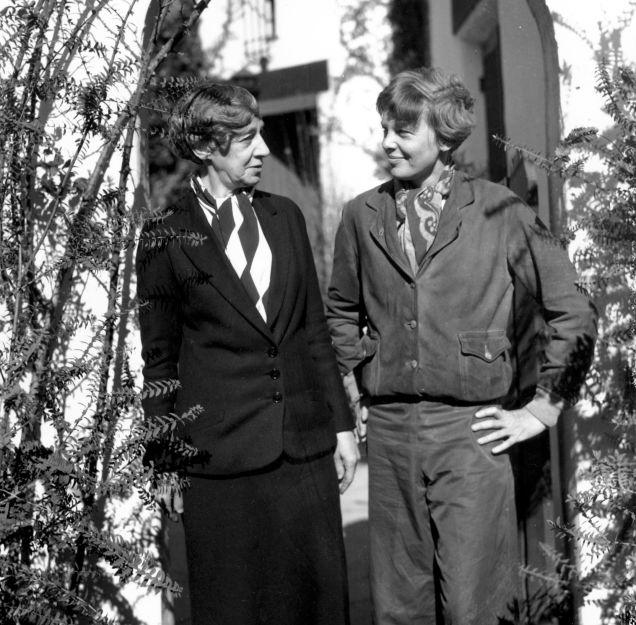 Amelia and Amy Earhart