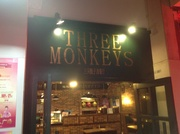 The 3 Monkeys Irish Pub