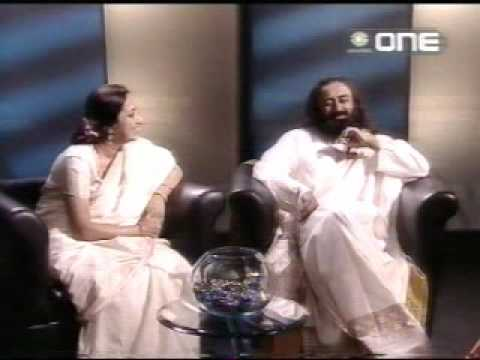 Sri Sri Ravi Shankar & Bhanu Didi on a Power Trip With Shobha De