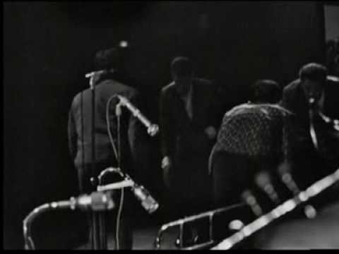 "James Brown ""The Godfather Of Funk"" Olympia 1966"