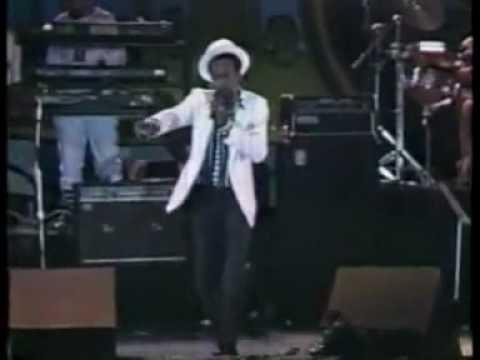 Gregory Isaacs Live At Reggae Sunsplash VIDEO (1990)