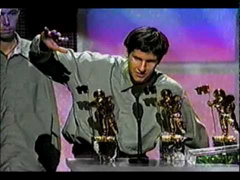 "Adam Yauch (aka MCA) of the Beastie Boys: ""America Really Needs to Think About Our Racism"" (1998 VMAs)"