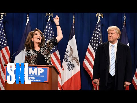 Tina Fey as Sarah Palin endorsing Donald Trump makes 'SNL'