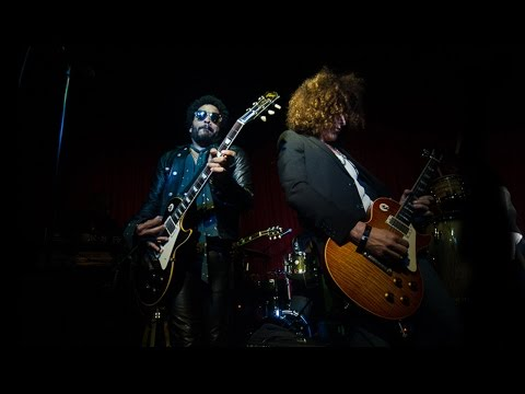"""Lenny Kravitz & The Roots perform """"Are You Gonna Go My Way"""""""