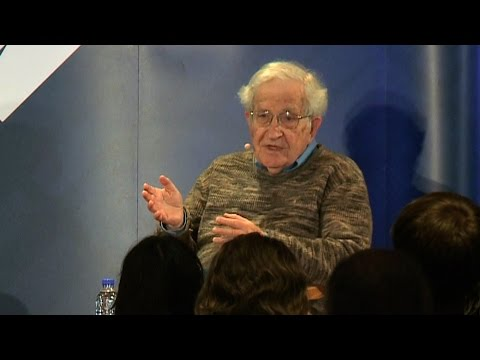 """Noam Chomsky: Young Bernie Sanders Supporters are a """"Mobilized Force That Could Change the Country"""""""