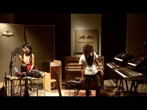 June Marieezy & FKJ - Red Bull Studios Amsterdam