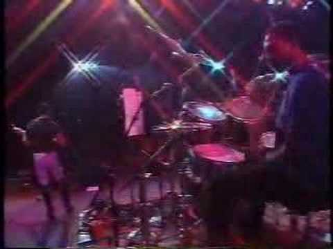 The Meters perform Cissy Strut at New Orleans Jazz & Heritage Festival (1993)