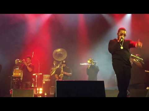 """Watch Nas & The Soul Rebels Blaze The Stage with """"Hate Me Now"""" [Premiere]"""