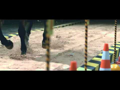 "Polo Horse ""Crash Test"" - Volkswagen [Commercial 2014]"