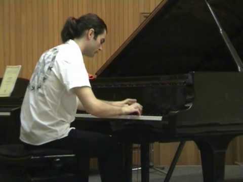 Lefteris Misirgis  Plays CADENZA (Misirgis) F. Liszt Hungarian Rhapsody No 2