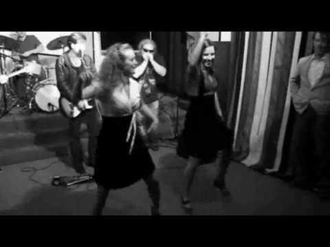 EasyWalkers - Mojo Workin'