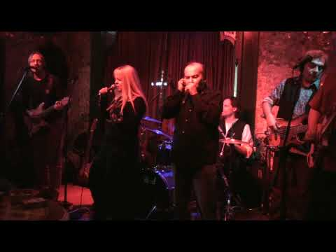 EVA VASILIADOU jamming with Blues Wire & Nick and the Backbone - Gimmie some lovin'