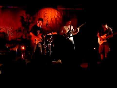 Muddy Roads - Mary had a little Lamb @ 6th Rock Sinantisi Kiatou 2010