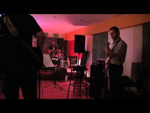 """""""My Head's in Mississippi"""" - Crazy Bull & John """"Greekflatpicker"""" Gougourelas"""