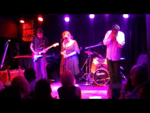 The Boogie Sinners - ''Easy'' live at ''Half Note Jazz Club''.