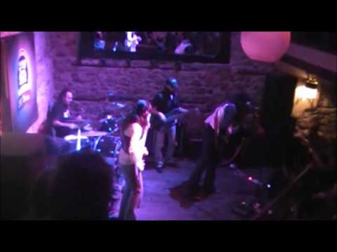 THE BLUESBONE BAND - Voodoo Chile