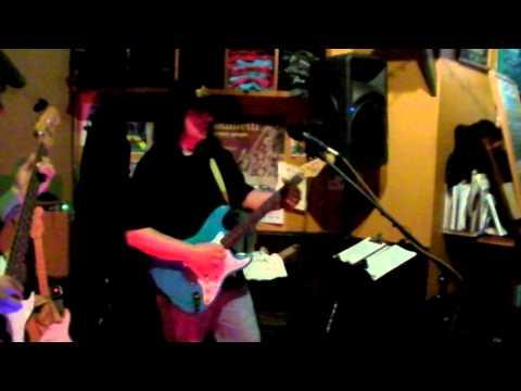 Steve Grandinetti Band --Come And Go Blues 1-5-13.MP4