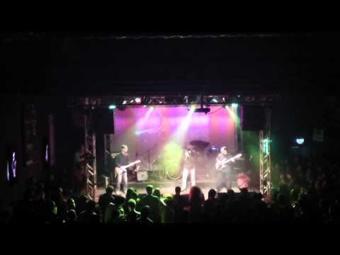 The Jumpin' Bones - Bop till you drop (Live @ Kyttaro Live Club)