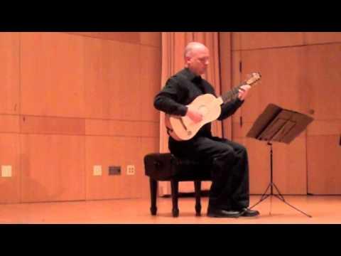 Karl Wohlwend plays baroque guitar: Corbetta and Bartolotti