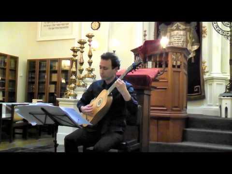 Vilanelle by Robert de Visée, Baroque guitar - Israel Golani
