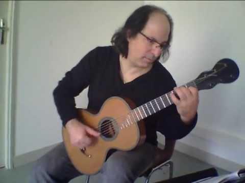luigi legnani sur modèle legnani authentique 19eme  guitare ' Francais' par luc aboulkheir