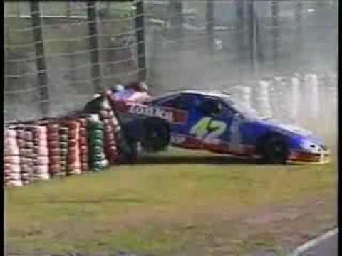 Uhh ROBBY GOR--DUN! ROBBY GOR-DUN Crash-uh!!