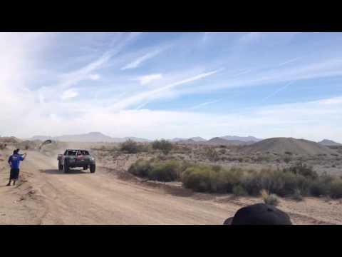 Parker 425 2013 robby gordon pit 1