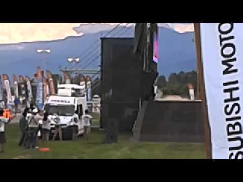"""Robby Gordon """" Jump """" !!!!!"""