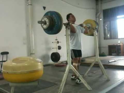 Coach Wu Front Squat.wmv