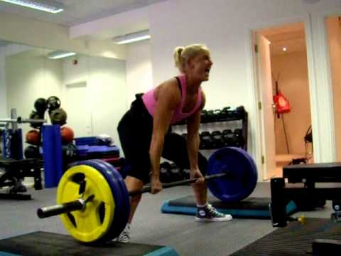 CLIENT UPDATE: Jane hits a 4inch sumo block pull 130kg