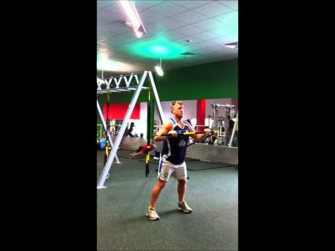 Batley Bulldogs Scrum Half, Ben Black using TRX RIP Trainer