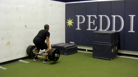gil mendoza - Deadlift / Box Jump superset