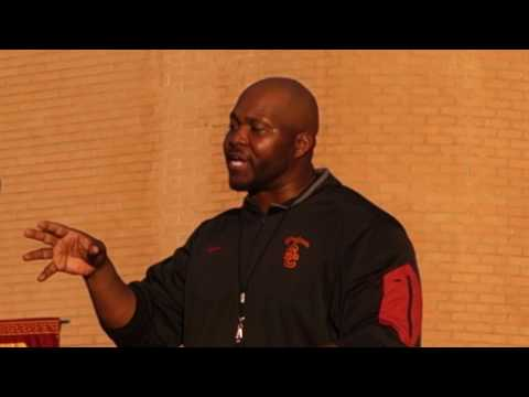 USC Strength Coach Torre Becton Addresses Football Team